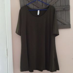 LulaRoe Perfect T shirt 3xl